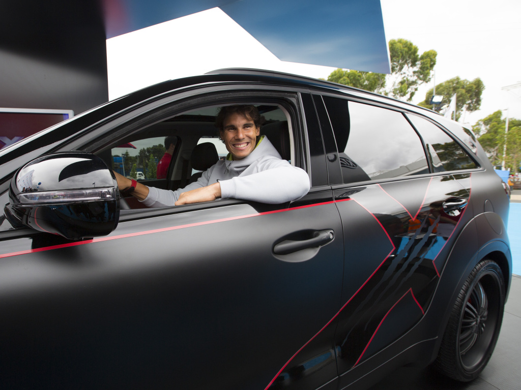 Kia X-Car odhalena tenistou Rafaelem Nadalem
