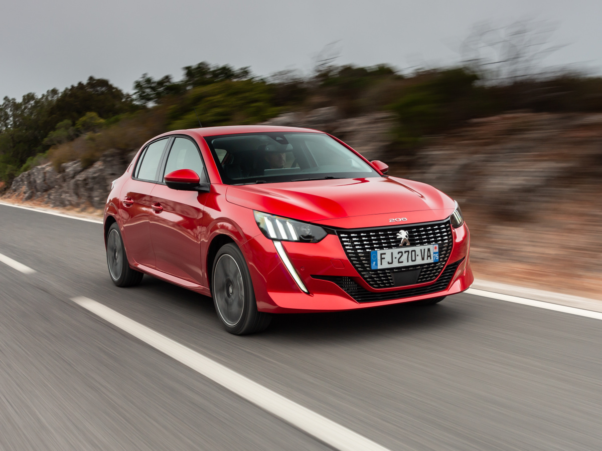 Krásný Peugeot 208 má české ceny, přijde minimálně na 295 000 Kč