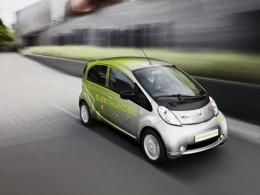 Elektrick� Peugeot dorazil do Prahy