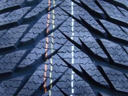 ADAC testoval zimní pneumatiky, známe výsledky