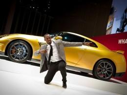Nissan vydraží zlaté GT-R Bolt Gold