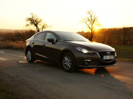 Test: Mazda 3 2.0 SkyativG - turbo ne��douc�