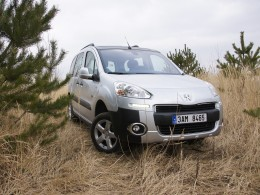 Test: Peugeot Partner Tepee 4x4 Dangel (+video)