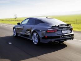 Audi A7 bez řidiče zdolá trasu dlouhou 900 km