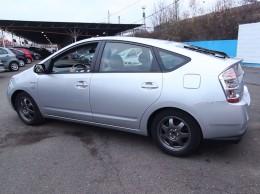 Video: Toyota Prius 1.5 VVTi Hybrid