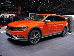 Ženevský autosalon 2015 - Volkswagen Passat Alltrack, Touran a Sport Coupé GTE