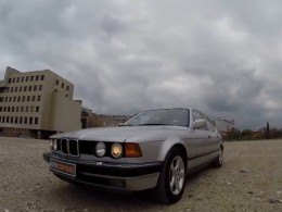 Video: BMW 735i z roku 1989