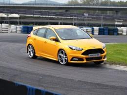 Nový Ford Focus ST - benzín i diesel za stejné peníze