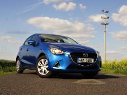Test: Mazda2 - auto pro ženy, které budou řídit muži