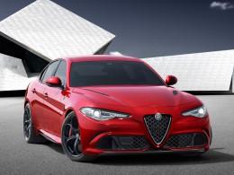 Video: Nová Alfa Romeo Giulia je zde, v plné kráse s neskutečnou rychlostí