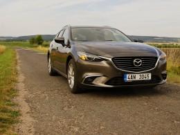 Test: Mazda 6 2.2 Skyactiv-D 4x4 - dálniční expres