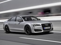 Nové Audi S8 plus - brutální sedan co trhá asfalt