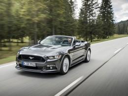 Nový Ford Mustang oficiálně v Česku, stojí od 939 000 Kč