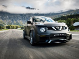 Nový Nissan Juke-R 2.0 s motorem z GT-R má 600 koní