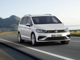 Nov� generace Volkswagenu Touran v pohybu (video)