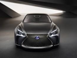 Video: Vodíkový koncept Lexusu LF-FC má pohon 4x4