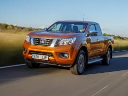 Nový Nissan NP300 Navara - bez žebříku s novým motorem a bohatým přizpůsobením