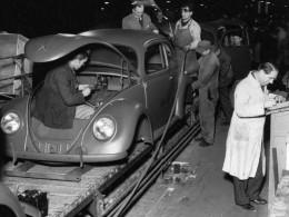 Volkswagen Brouk slaví 70 let od zahájení sériové výroby