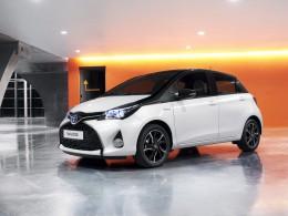 Toyota Yaris 2016 - dvoubarevné lakování a nová výbava