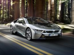 BMW i8 je nejprodávanějším plug-in hybridním sportovním vozem světa