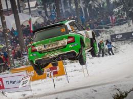 WRC 2: Ford Fiesta R5 ve Švédsku první, Škoda Fabia R5 druhá a třetí