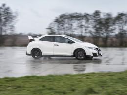 Test: Honda Civic Type R GT – zkrotitelná zběsilost