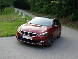 Dlouhodobý test: Peugeot 308 SW - kabina šokuje, časem potěší