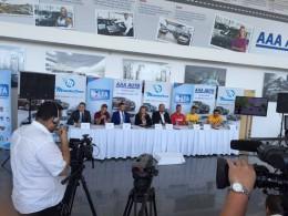 Fotbalisté budou jezdit automobily z bazaru