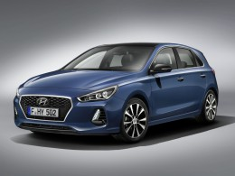 Nové Hyundai i30 půjde ještě více pro Golfu