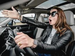 8 z 10 lidí se na silnicích obává ostatních řidičů odhalil průzkum