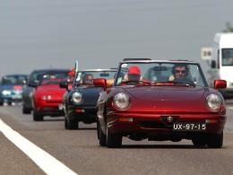 Alfa Romeo slavila stovku a oblékla Miláno do slavnostního hávu