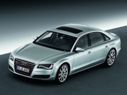 Audi A8 Long: Dvanáctiválec znovu na scéně