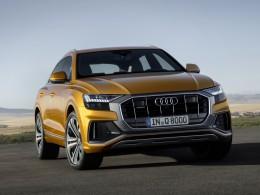 Audi Q8 dostalo 39 jízdních asistentů a půjde startovat pomocí mobilu