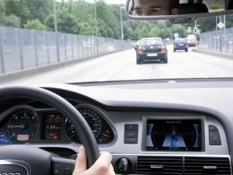 Audi travolution: semafory komunikují s autem