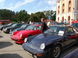 Automobily Porsche ovládnou tento víkend