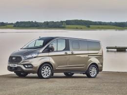 Nový Ford Tourneo Custom rozmazlí až devět osob