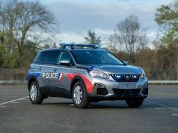 Francouzská policie zvolila do služby modely SUV - Peugeoty 5008