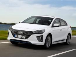 Hyundai Ioniq Plug-in Hybrid ujede 63 km na baterie, v prodeji v létě