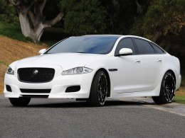 Jaguar XJ75 Platinum: stylový dárek k pětasedmdesátinám