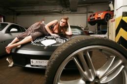 Máme rychlá luxusní  auta a dobrá srdce, vzkazují piloti Diamond Race 2011