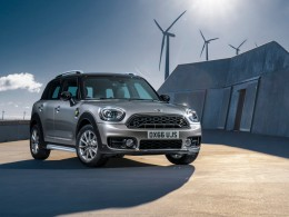 MINI Cooper S E Countryman ALL4 je prvním MINI plug-in hybridem