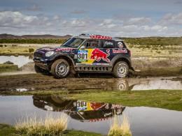 MINI oslavilo �tvrt� v�t�zstv� v Rally Dakar 2015