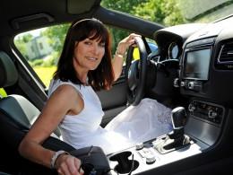 Módní návrhářka Beata Rajská řídí Volkswagen Touareg
