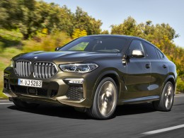 Nová generace BMW X6 je tady. Dostala obří svítící ledviny