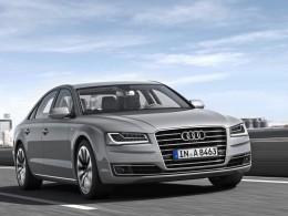 Nové Audi A8 přijíždí do českých autosalonů