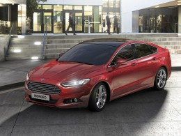 Nov� Ford Mondeo v �esku