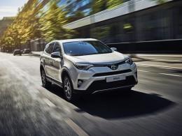 O víkendu slibuje Toyota své modely se slevou až 120 000 Kč
