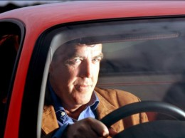 Ofici�ln� potvrzeno - Jeremy Clarkson z Top Gearu kon��