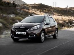 Peugeot 2008 slav� �sp�ch v podob� 200 000 vyroben�ch voz�