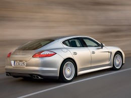 Porsche Panamera boduje: Za 4 měsíce 56 prodaných vozů...